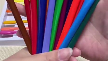 家里有小孩子的,可以备一些这样的蜡笔,不脏手不易断,色彩丰富