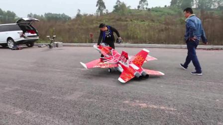 70000元的航模战斗机,飞在天上,很震撼!