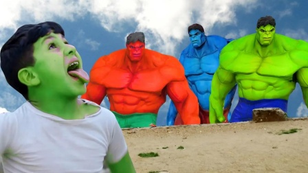 老外恶搞:绿巨人3兄弟的比赛