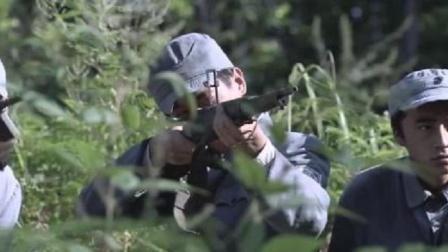 黑狐:鬼子进入包围圈,不料前有地雷后有狙击手,小鬼子在劫难逃