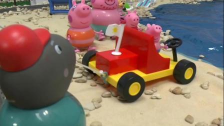 工程师开着吊车,将乔治和车子拉上了岸