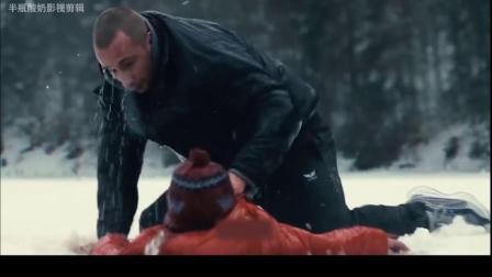 父亲徒手砸冰,只为救出冰下的儿子!《锈与骨》