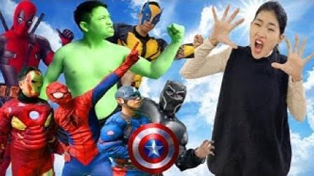 真人特效恶搞:超级英雄帮倒忙的沙雕行为