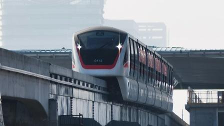 """芜湖轨道交通1号线""""小红""""热滑列车首次通过芜湖中江桥"""