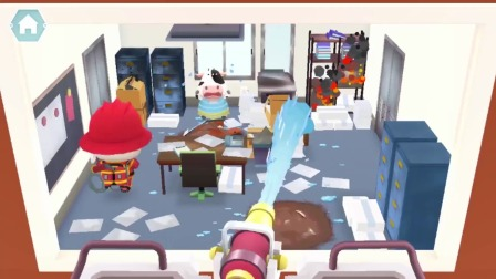 熊猫消防队:快给房间灭火!