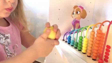 萌宝小可有好多布娃娃,好喜欢