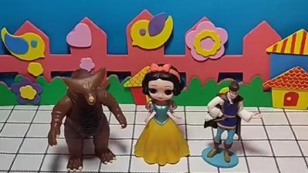 怪兽和王子都想娶白雪,谁剪纸剪的好,谁就可以娶王子
