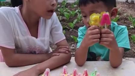 少儿益智:宝贝爸爸也想吃个棒棒糖