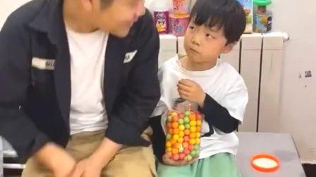 童年趣事: 小朋友给我一点西瓜糖,好吗?