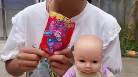 童年趣事:吃这么多就不怕变成小猪佩琪吗