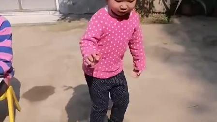 童年趣事:姐姐这是在点菜吗