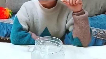 童年趣事:棉花糖真好吃啊!