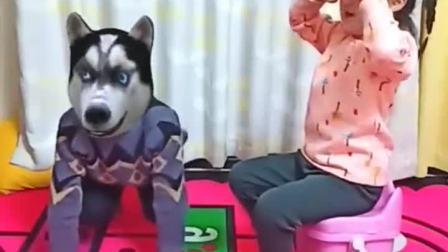 童年趣事:大狗,给你骨头,哈哈……
