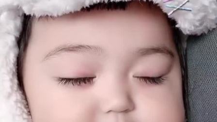 童年趣事:睡着了人类幼崽到底有多可爱