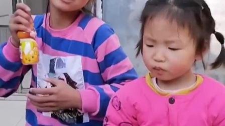 童年趣事:姐姐是不是很欠打?