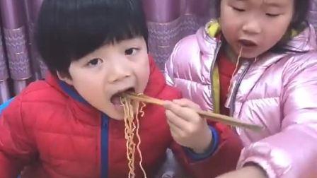 童年趣事:吃啥也不能浪费
