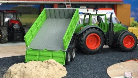 拖拉机玩具运砂