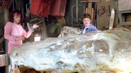 冰冻4万年的野人复活,打扮后变成了帅小伙,女生们都疯狂了