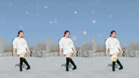 南阳红泥湾小娟广场舞,全网最火《全民迪斯科》新春吉祥,大年三十小娟在这里向大家拜年了,祝大家牛年更牛