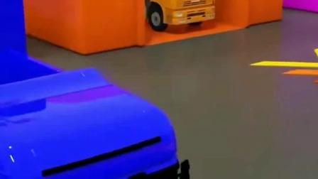 挖机动画:工程车