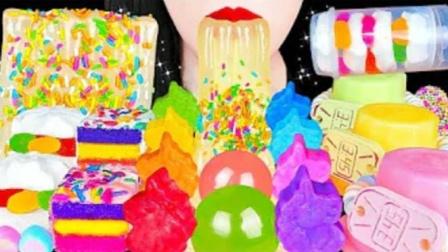 种类丰富的创意小零食,一串漂亮的手链糖果,真是童心满满