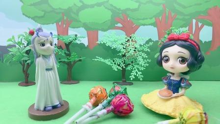白雪吃了王子的糖果晕倒了,这是怎么回事呢