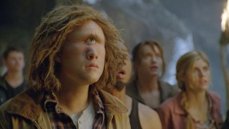 男孩从小只有一只眼睛,长大后才发现,自己是泰坦的后代!