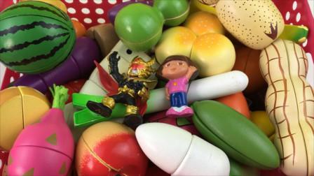 铠甲勇士和朵拉玩水果切切乐
