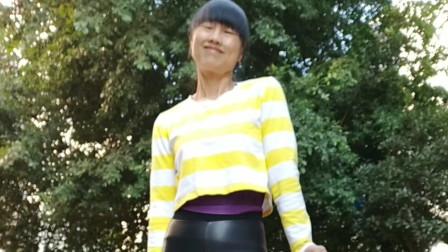 永东玲子广场舞 一生爱一次