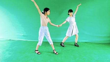 怀化溆浦正宁少儿艺术团表演《2020三步踩美丽神话》