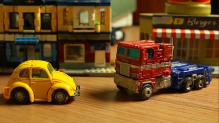 变形金刚玩具,擎天柱和大黄蜂简要执行恐龙之迅猛龙计划