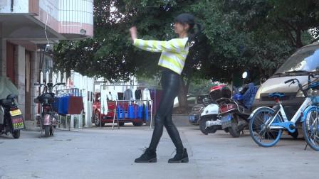 永东玲子广场舞 一生爱一次_