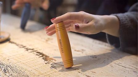国外牛人发明减压棒,怎样都无法推倒,网友:能玩一个月!
