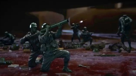 杀手杀掉玩具厂老板,被几厘米玩具士兵疯狂报复,因此牺牲!