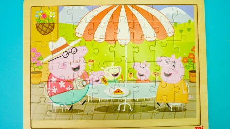 小猪佩奇主题拼图:吃披萨和画手印
