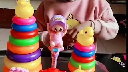 美好的童年:小萌娃有好多趣趣蛋吃吆
