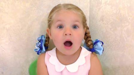 萌宝互动,小萝莉在玩芭比娃娃,快来看看吧