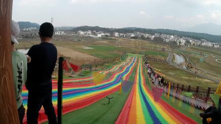 九江庐山花溪谷滑草场视频