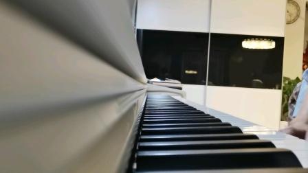 钢琴初学者演奏《天空之城》