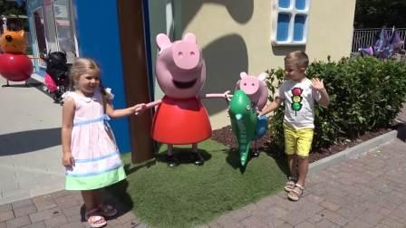 亲子快乐,罗玛和小萝莉在百事可乐公园玩,快来看看吧
