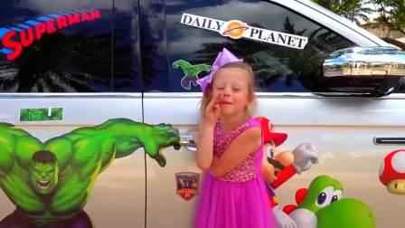 快乐萌宝,斯泰西装饰了爸爸的车,快来看看吧