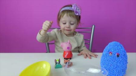 快乐亲子,纳斯提亚从玩具中发现了惊喜,真有趣啊