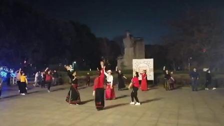 2021/2/18正月初八,安洲区文化馆锅庄队欢庋佳节,