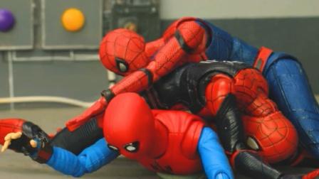 蜘蛛侠玩具动画:蜘蛛侠的变装时刻,又救了他一次