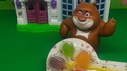 乔治不听话,猪妈妈把他的东西都扔了,结果都被人捡走了