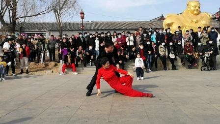 舞动飘扬,大自然组合,大家初八在扬柳青表演。2021,2,19。