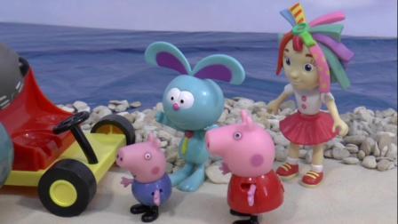 库里开着吊车将乔治和兔子先生救了回来