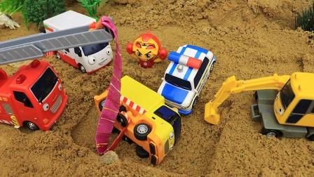 工程队帮助货车从沙坑里出来