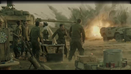 突遭攻击机轰炸,营地里的坦克每秒都在生死之间,勇气素养定生死