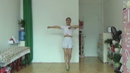 网红广场舞《父亲》动感旋律 步伐新颖时尚